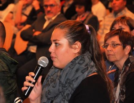 Fragen aus dem Publikum regen die Diskussion an.